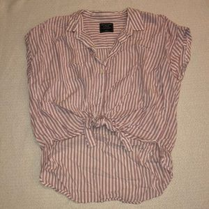 Abercrombie&Fitch Tie-Knot Blouse